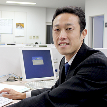 本社/営業部 課長代理 遠藤さん