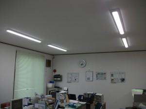 平成29年9月足立営業所内装LED工事